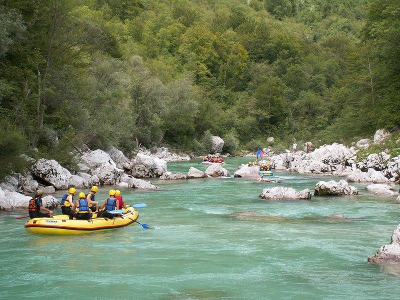 Outdoor activities Slovenia - Rafting on soča