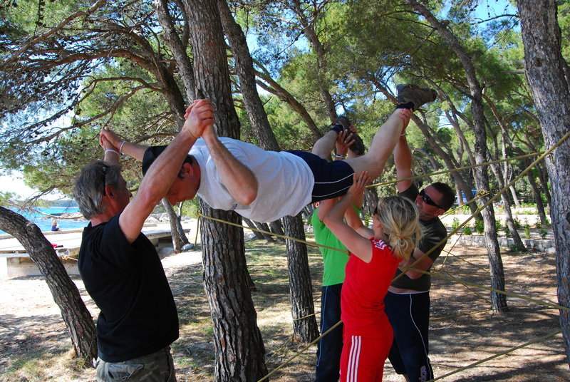Team building - pajkova mreža