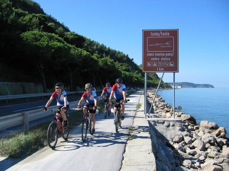 Vodena kolesarska tura - Po krasu do morja