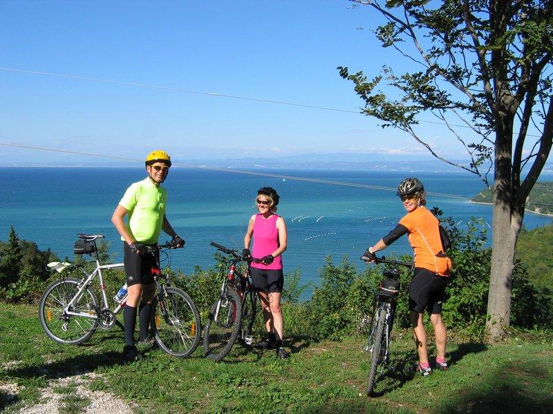 Kolsarjenje po sloveniji - pogled na morje