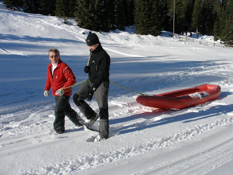 Snežni rafting - družno na hrib