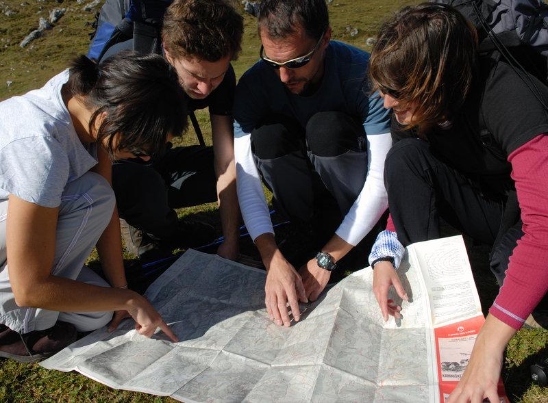 Določanje lokacije na zemljevidu - Team building