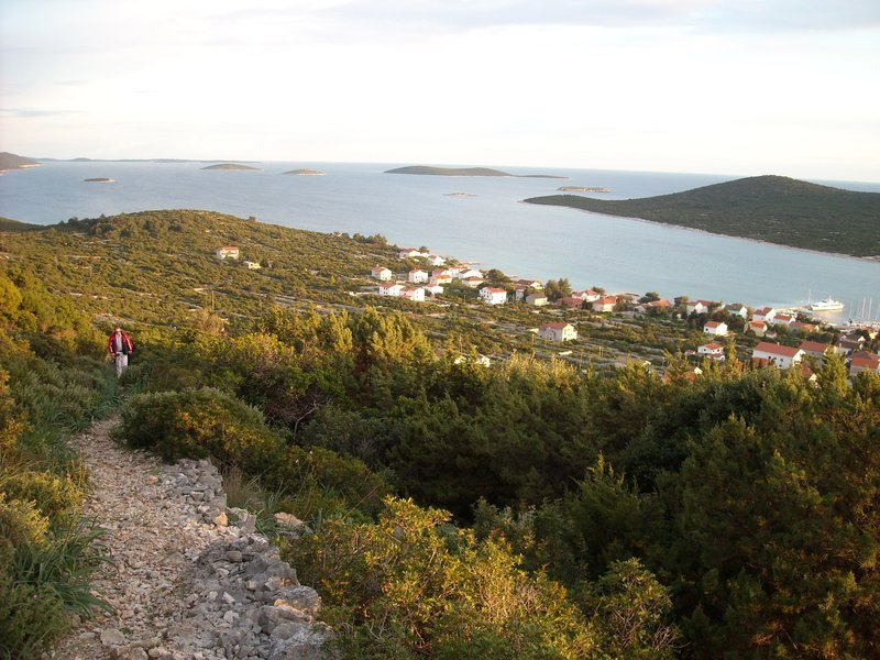 Teambuilding jadranje - trekingi na otokih