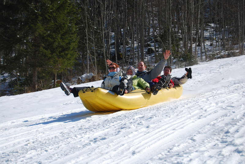 Zimski teambuilding - snežni rafting